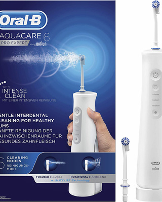 Oral B Aquacare Pro Expert